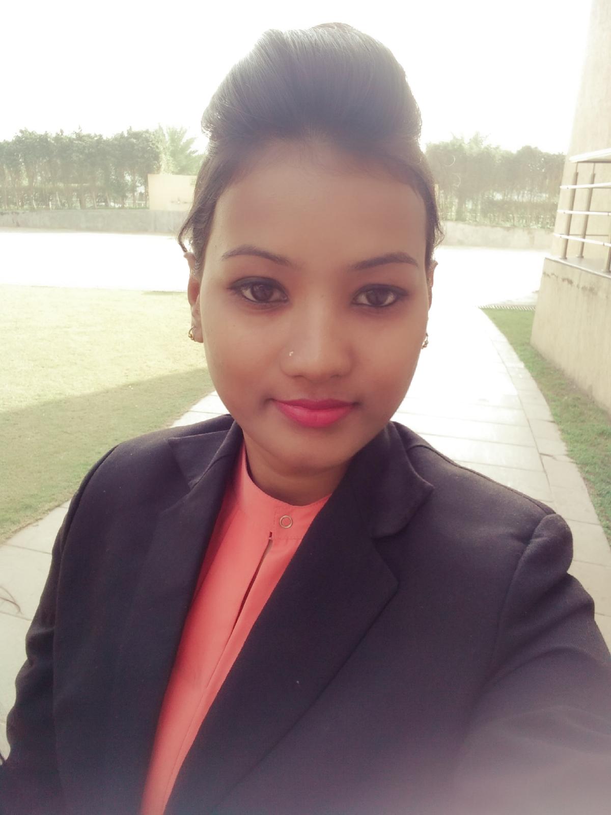 Nisha jaiswal